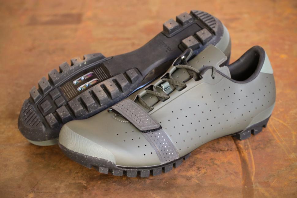 Best Gravel Bike Shoes